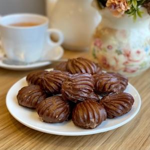 Маленький эклер весовой шоколадный