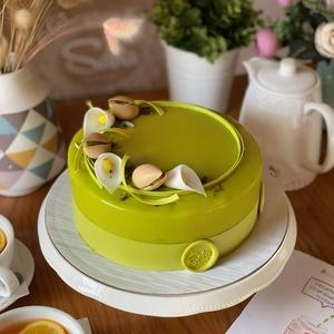 Фисташковый торт круглый